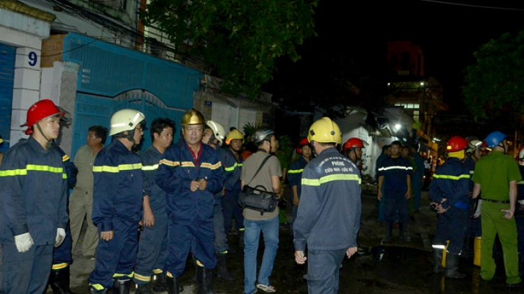 Man killed in early-morning 10-Alarm fire in HCM City