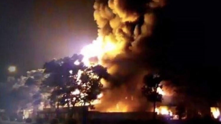 12-alarm fire guts warehouse in northern Vietnam