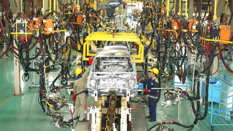 Auto manufacturer Truong Hai hopes for policies to protect domestic industry