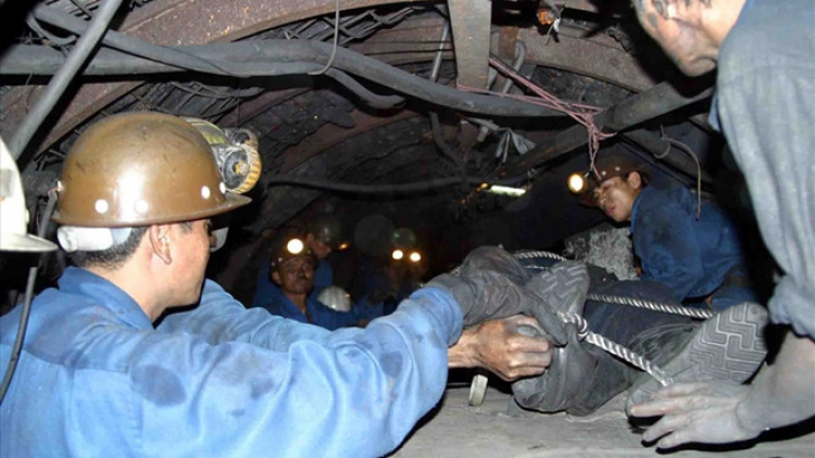 One dead in Quang Ninh coal mine collapse