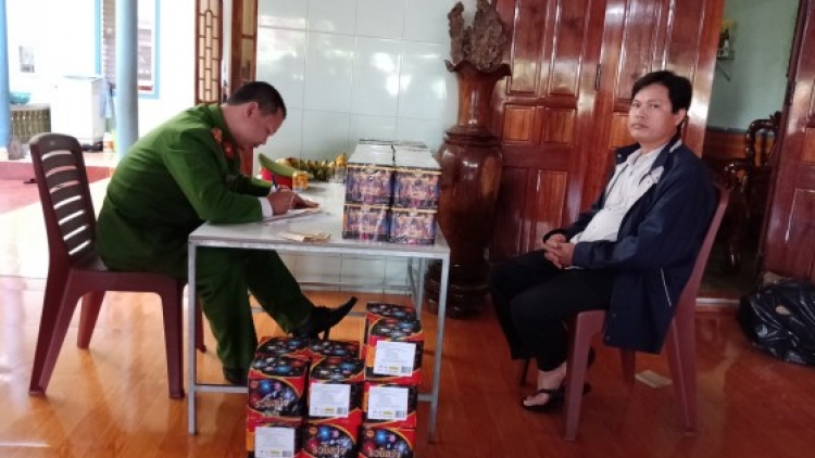 Police in Quang Ninh seize 133 kg of illegal firecrackers