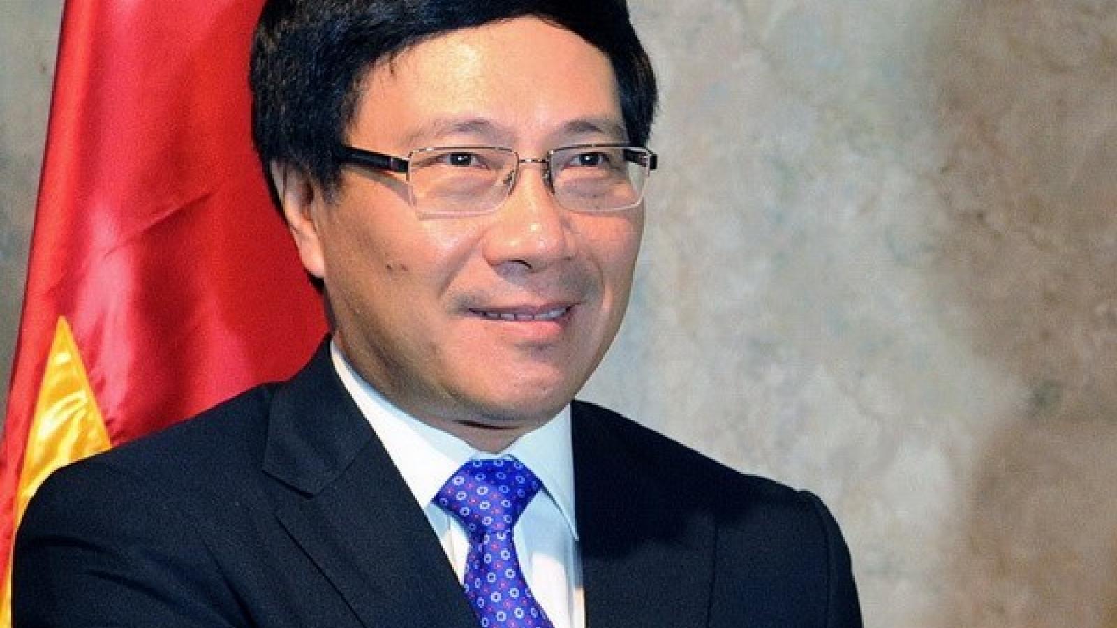 Deputy PM Minh holds bilateral meetings within ASEM framework