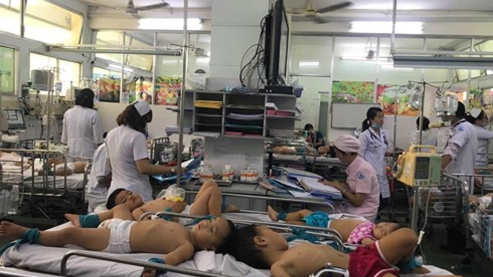 One dies of hand-foot-mouth disease in Dak Lak