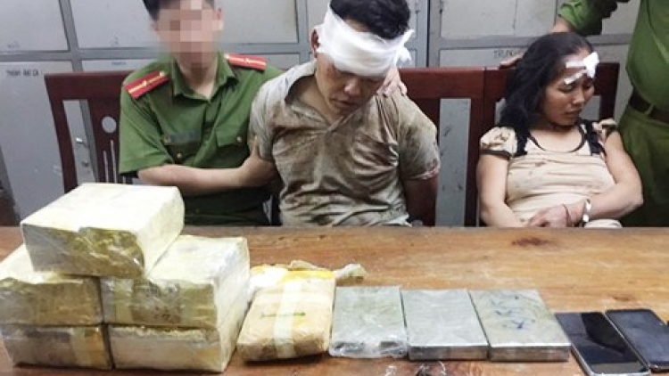 Couple arrested for trafficking drugs from Laos