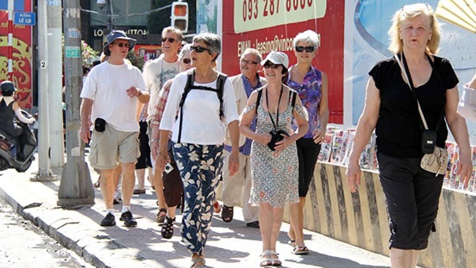 Hanoi to continue tourism promotion on CNN