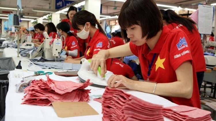 Rosy outlook for Vietnam's garment trade