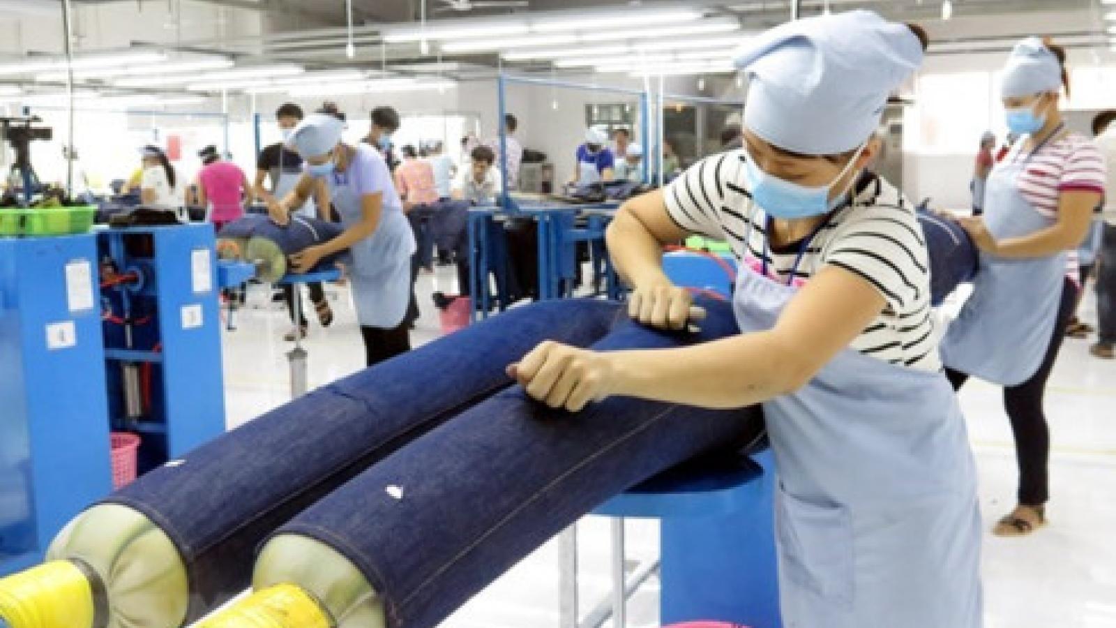 Trade surplus estimated at US$7.21 billion this year