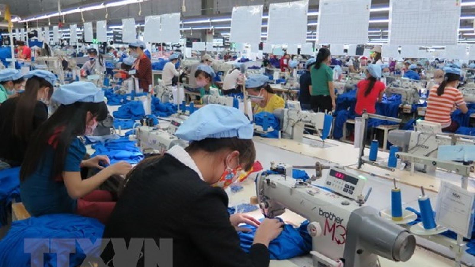 Garment-textile, fruit-vegetable exports surge
