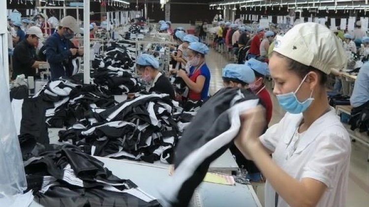 Garment, textile export fetches nearly 8.7 billion USD in Q1