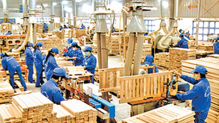 Vietnam sets target of US$20 billion wood exports by 2025