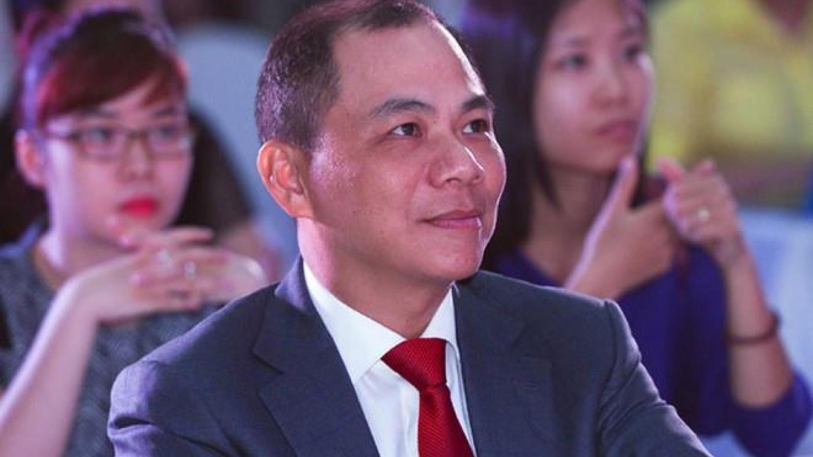 How rich are Vietnamese dollar billionaires?