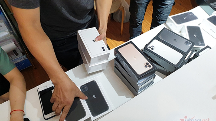 iPhone 11 sales boom in Vietnam, but shortage exists