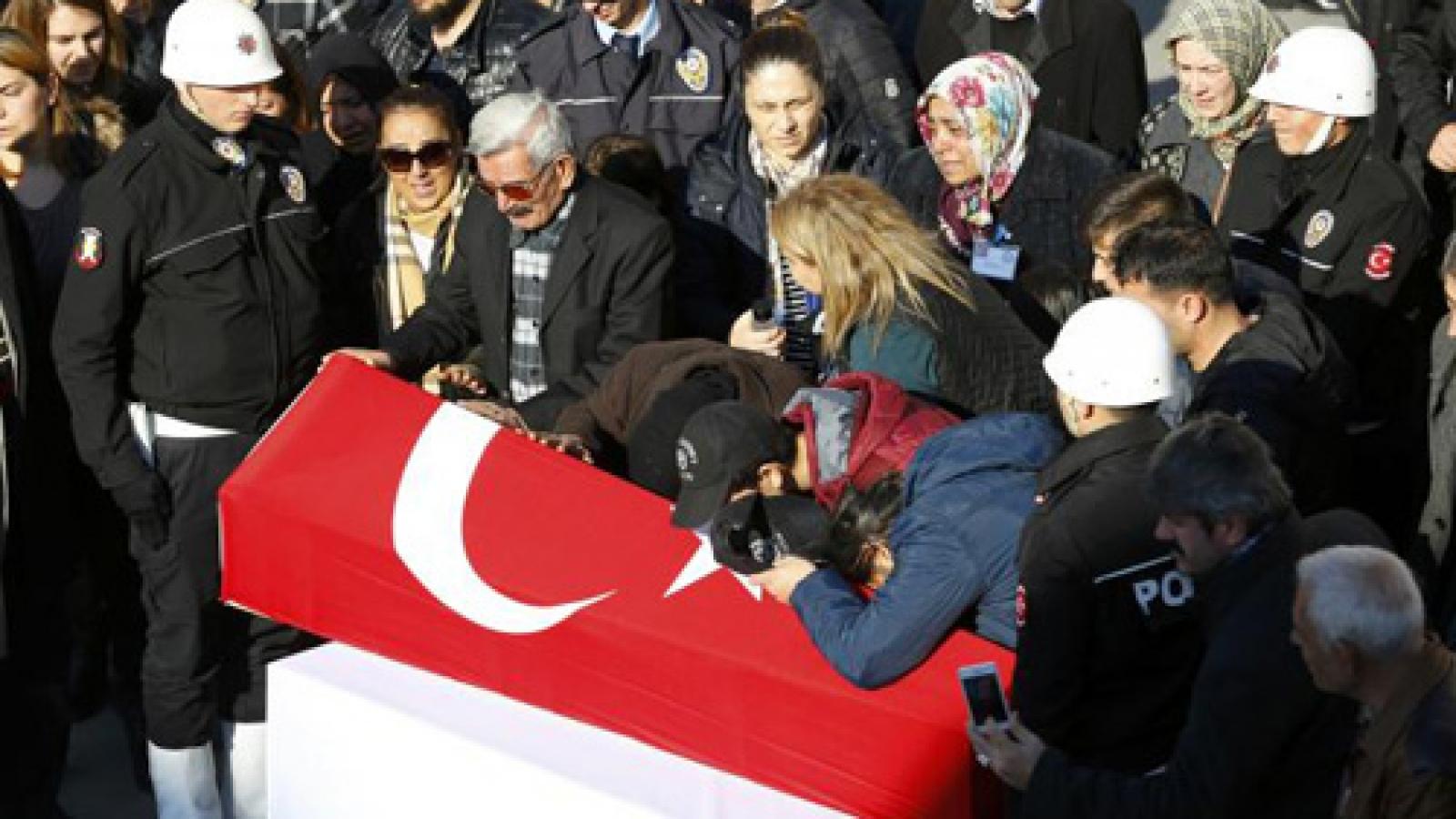 Kurdish militants claim responsibility for Istanbul attack that killed 38