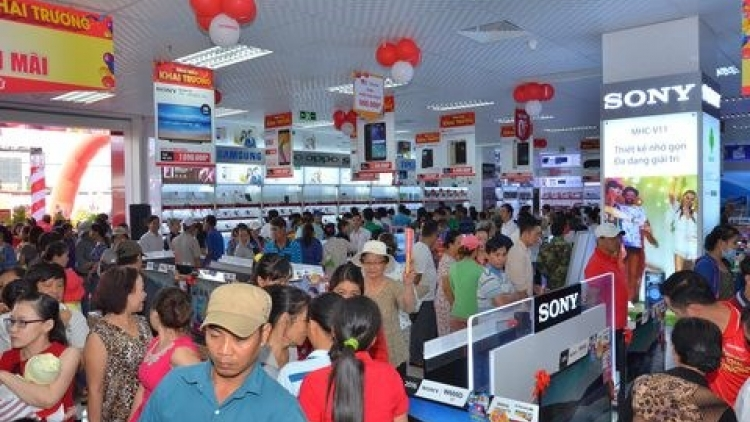 Retailer Nguyen Kim opens two new stores