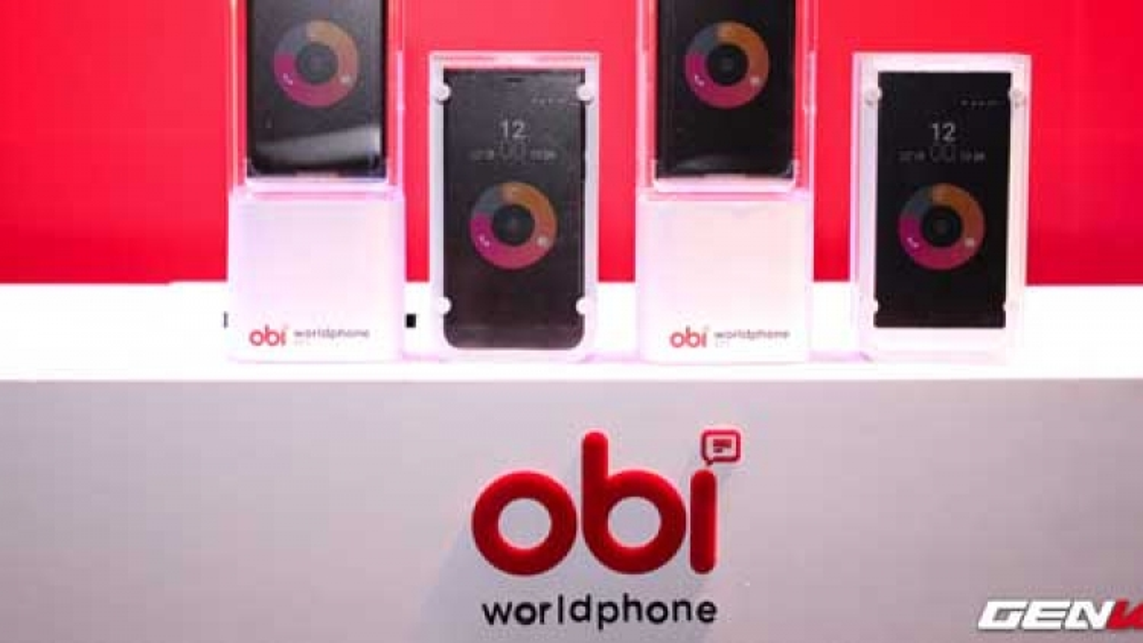 US smartphone brand enters Vietnam
