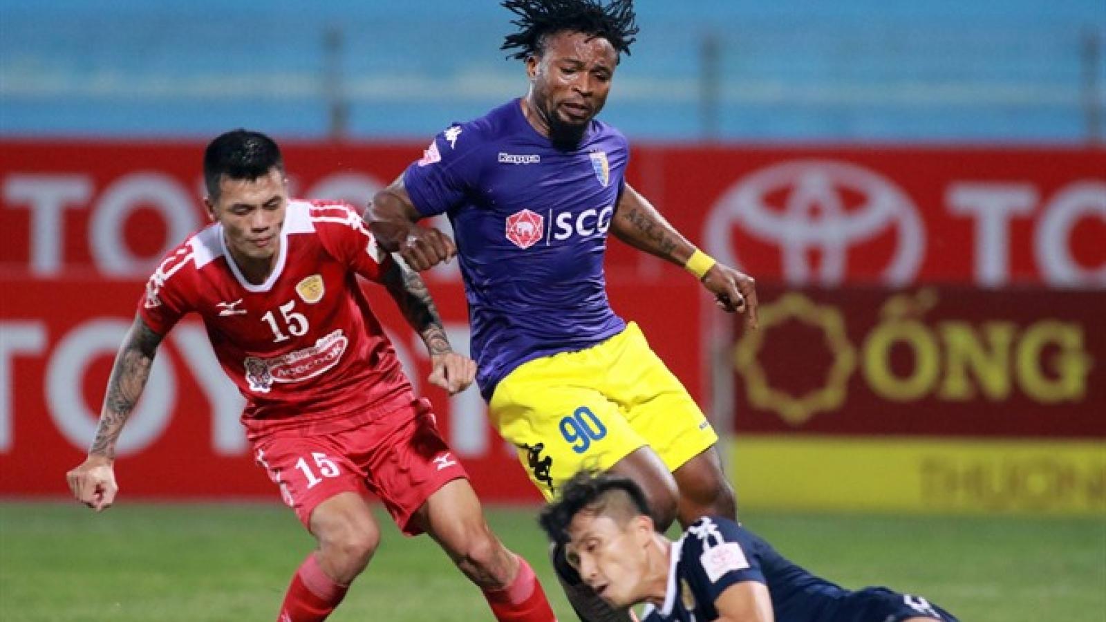 Hanoi bag big win to top V.League