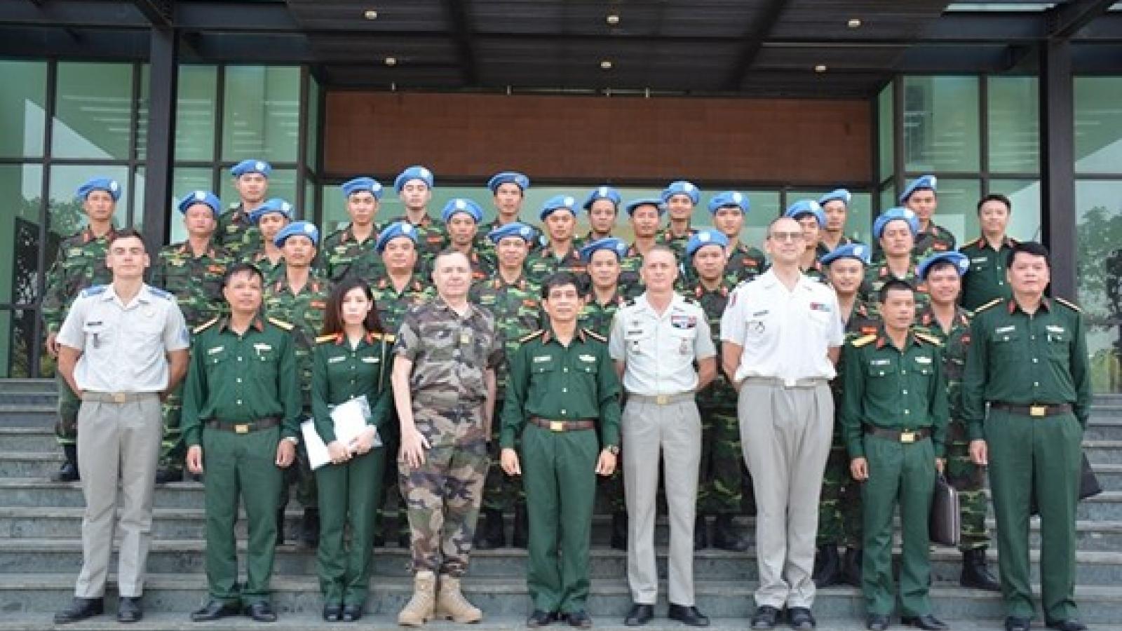Vietnam, France boost peacekeeping cooperation