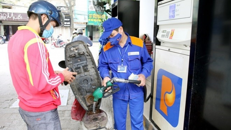 Fuel prices rise from April 7