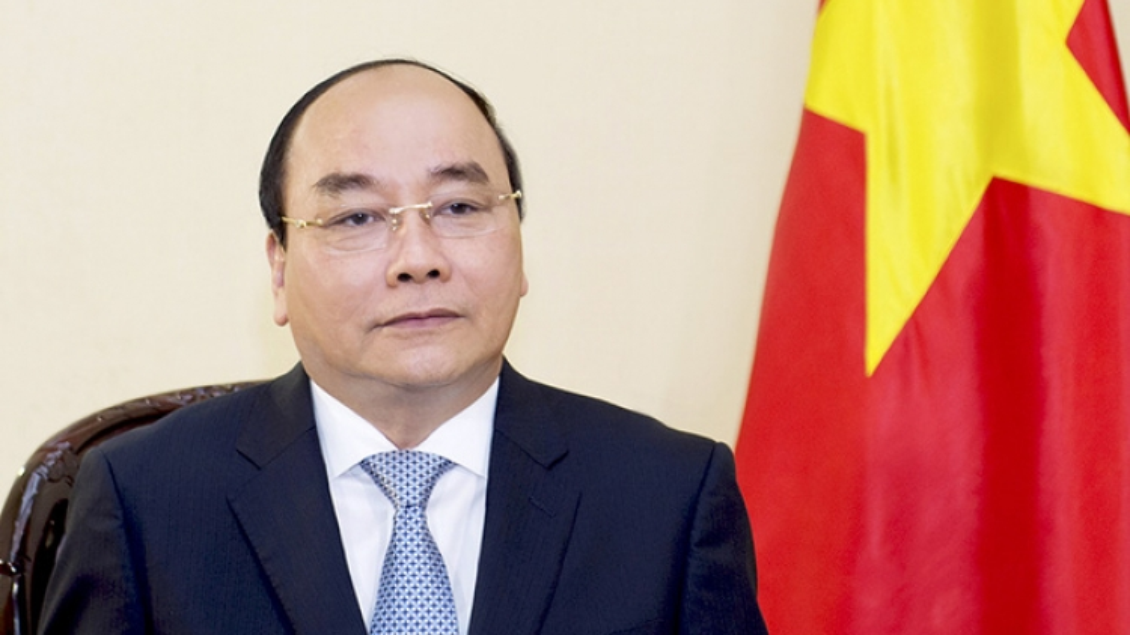 PM Phuc to visit Singapore, attend ASEAN Summit