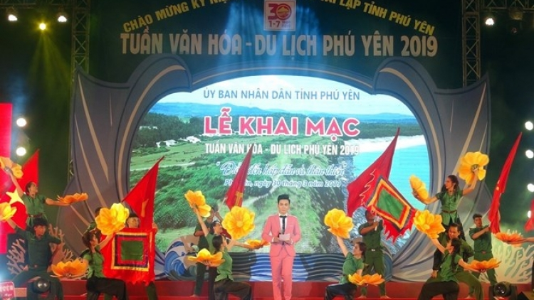 Culture, tourism week invites visitors to Phu Yen province