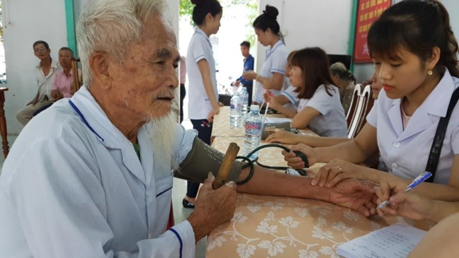 Vingroup offers free medical care at Vinmec Hospitals