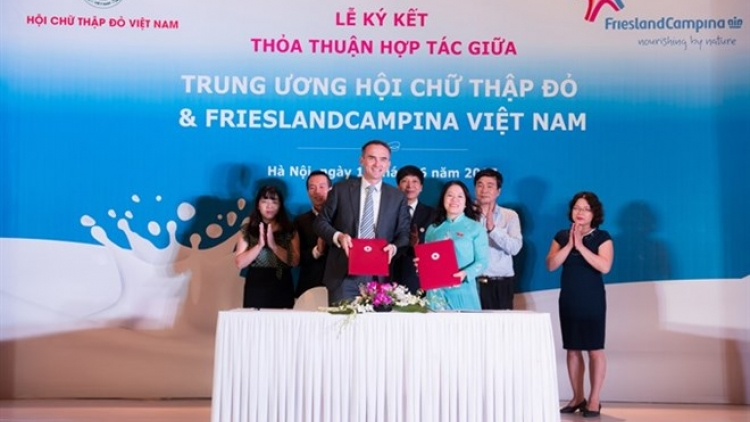 Red Cross, FrieslandCampina sign deal for communication campaign