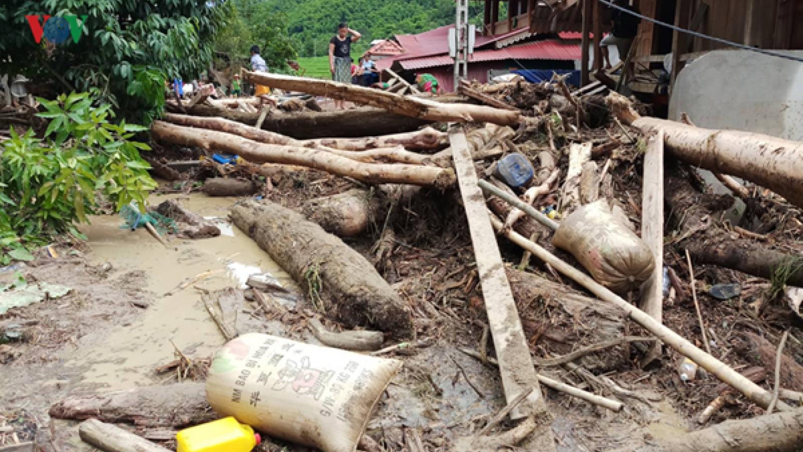 Sa Na village in Thanh Hoa hit by devastating flash floods