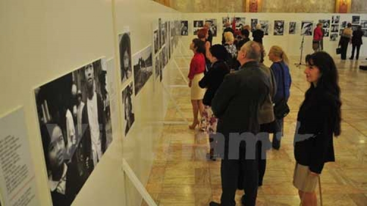 Photo exhibition on Vietnam during wartime held in Slovakia