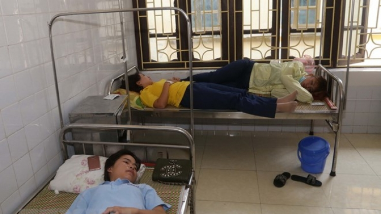 29 workers hospitalized in Ha Nam due to food poisoning