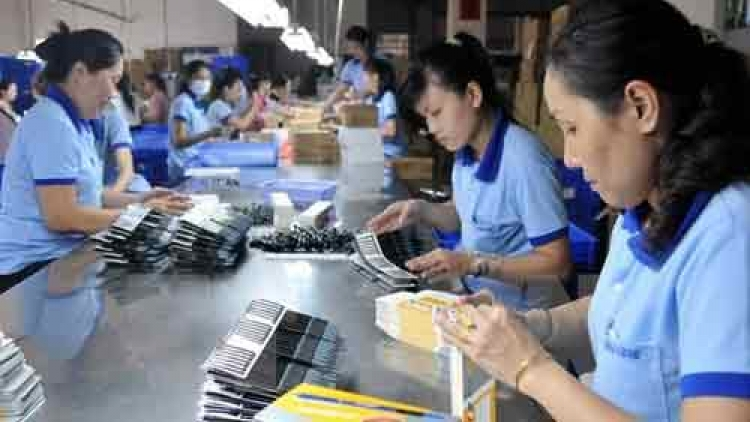 Trade unions must double legal aid for women migrant workers