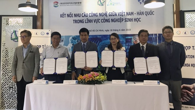 Vietnam, RoK boost cooperation in biotechnology