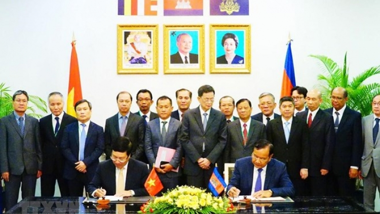 Vietnam, Cambodia look to foster partnership in 28 areas