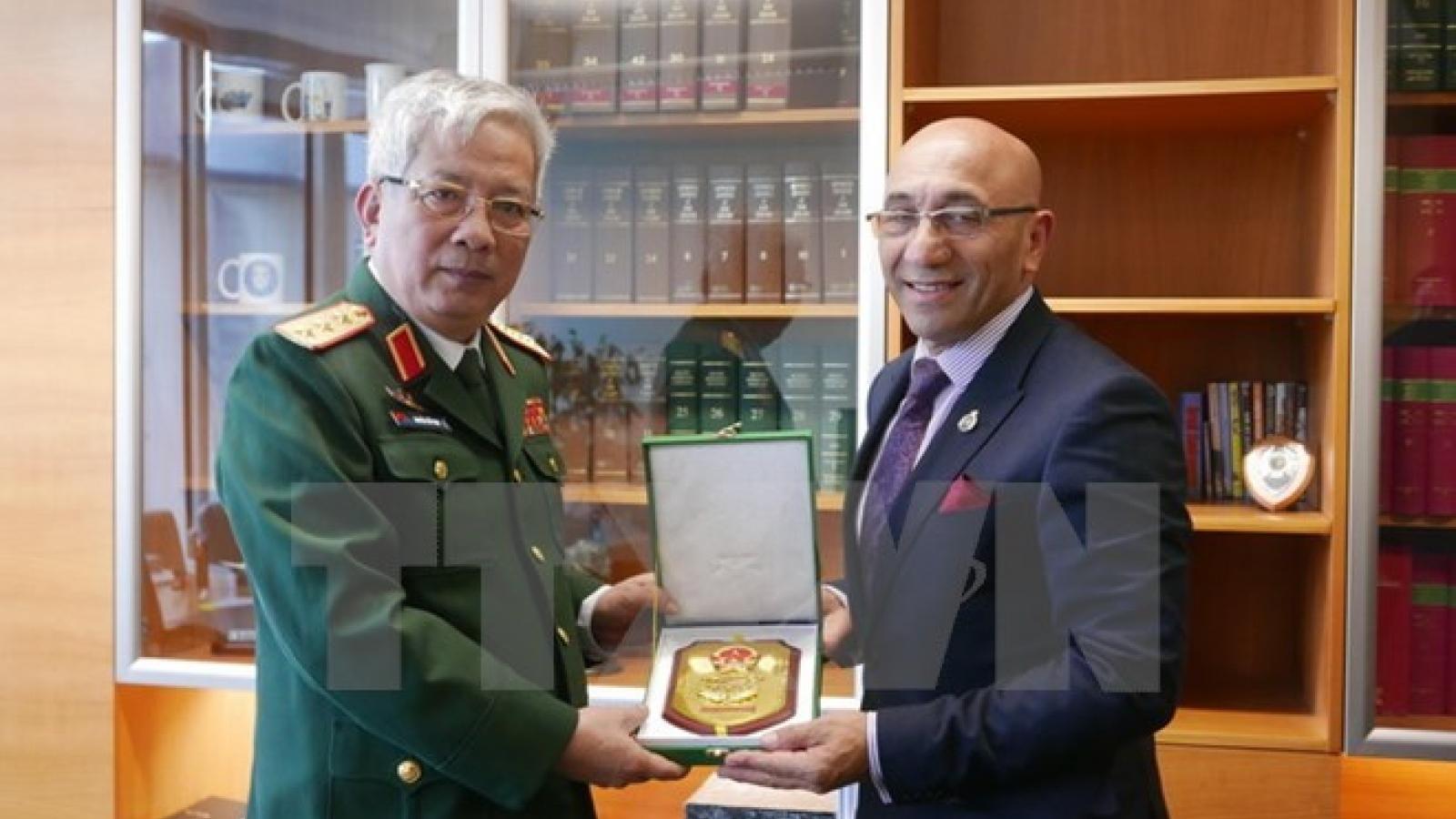 Vietnam, New Zealand strengthen defence cooperation