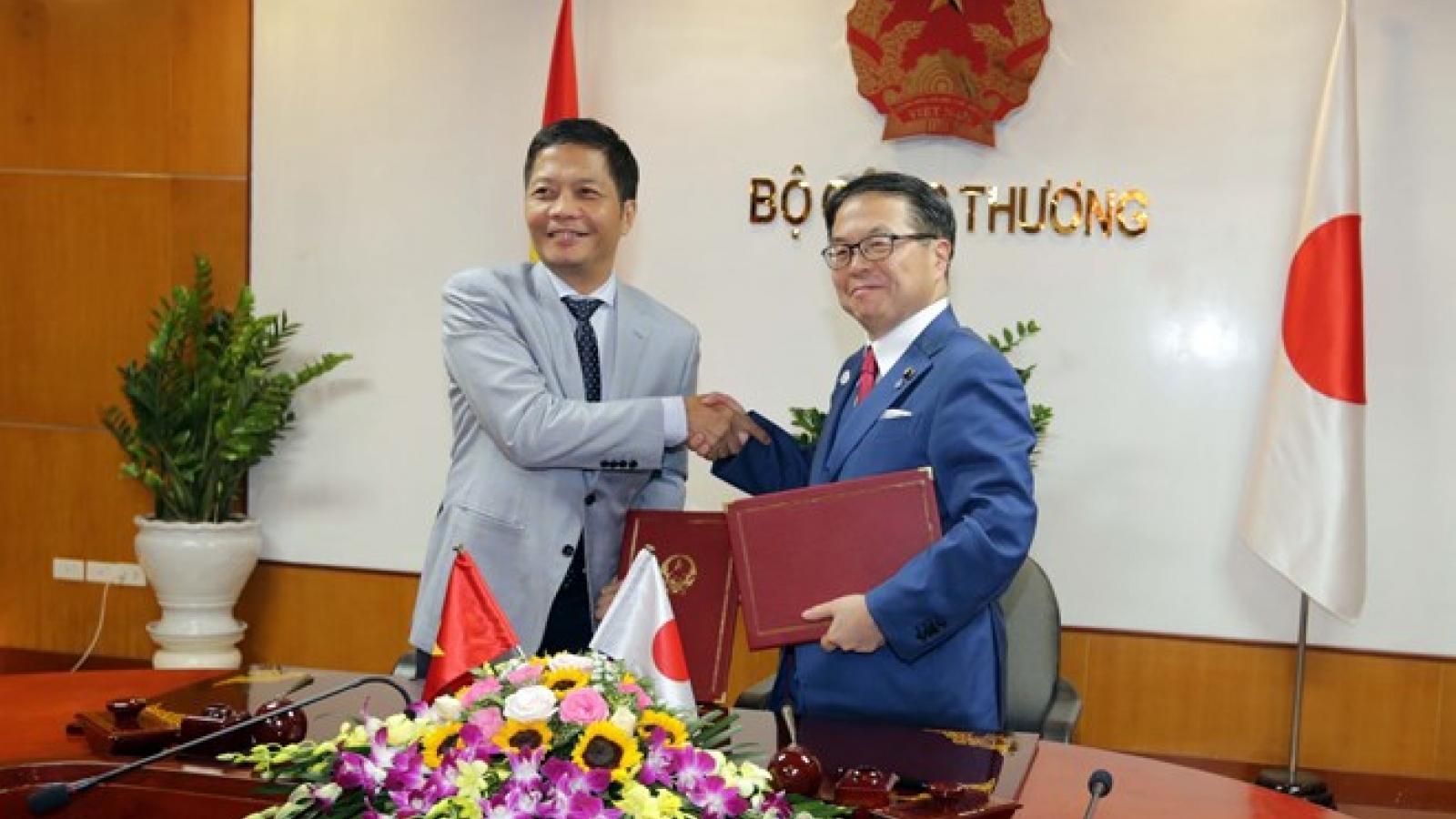 Vietnam, Japan beef up partnership in industry, trade, energy