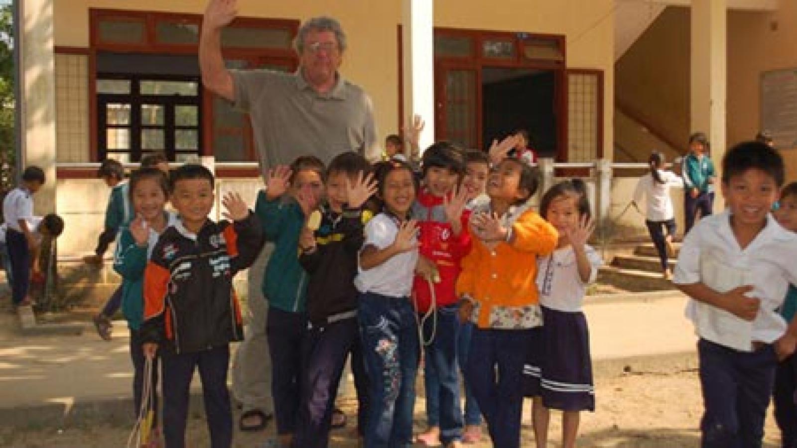 American war veteran works to alleviate poverty in Vietnam