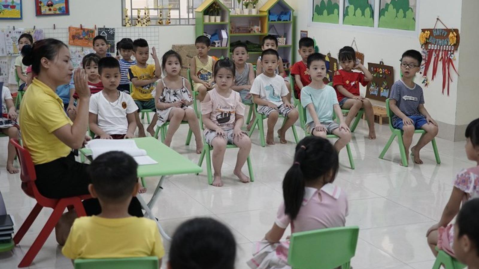 Những lưu ý về sức khỏe và dinh dưỡng cho trẻ trong mùa hè