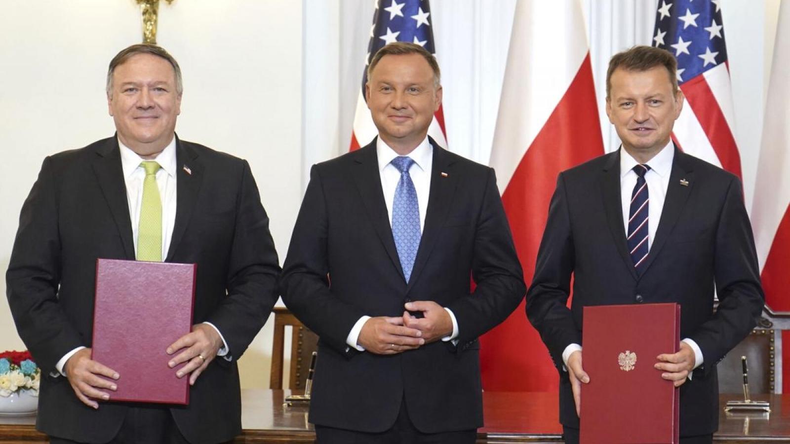 Mỹ ký thỏa thuận hợp tác quốc phòng mới điều quân từ Đức tới Ba Lan