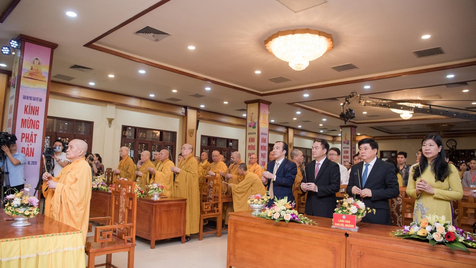 Toàn cảnh Đại lễ Phật đản 2020 tại chùa Quán Sứ, Hà Nội