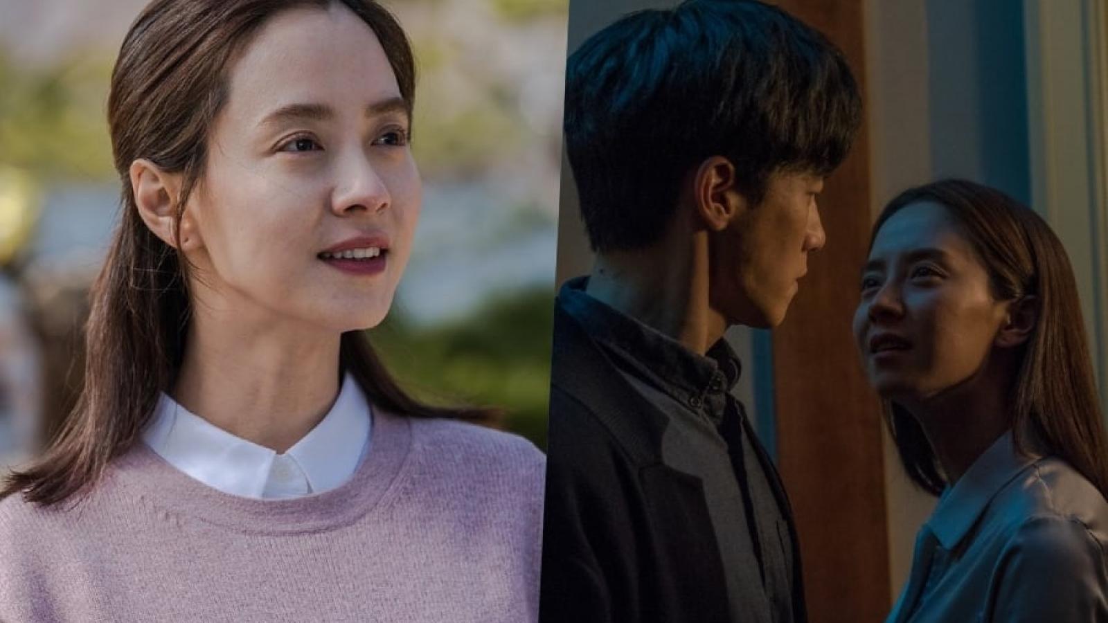 """""""Kẻ xâm nhập"""" của Song Ji Hyo có xứng là """"Get out"""" phiên bản Hàn Quốc?"""