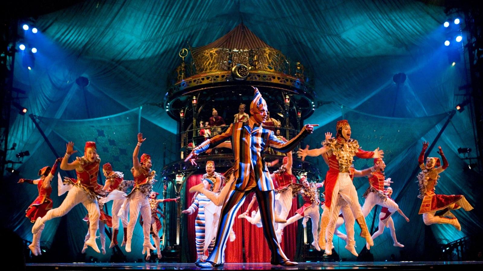 """Gánh xiếc toàn cầu """"Cirque du Soleil"""" phá sản vì dịch Covid-19"""