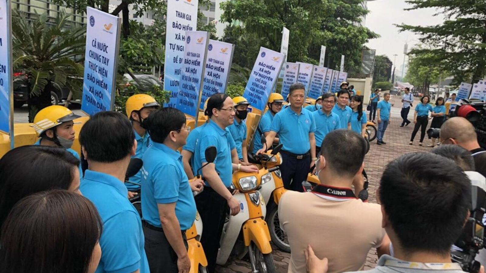Lễ ra quân vận động người dân tham gia bảo hiểm xã hội tự nguyện