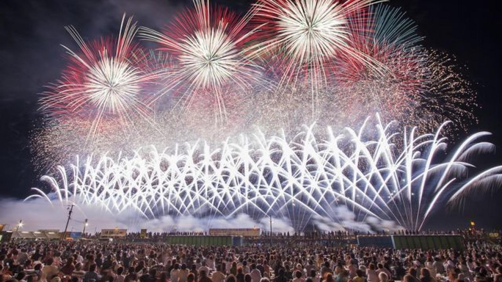 Nhật Bản hủy hàng loạt các Lễ hội pháo hoa mùa hè do đại dịch Covid-19