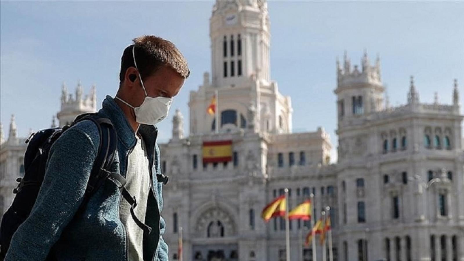 Tây Ban Nha sẽ mở cửa đón khách du lịch quốc tế từ tháng 7
