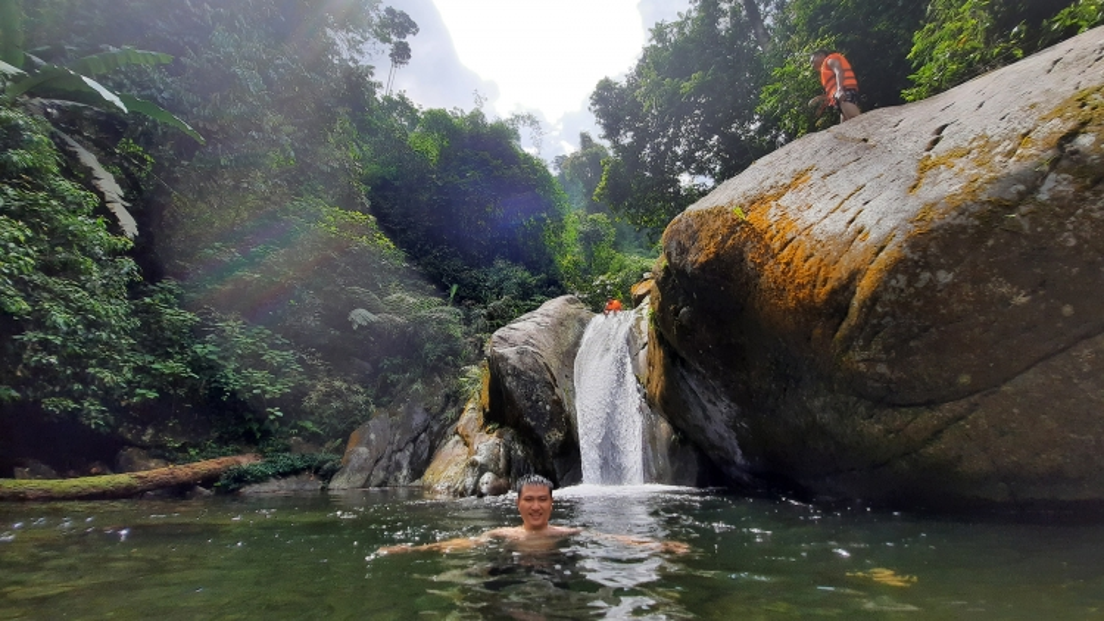 Chinh phục suối Cửa Tử - cung đường trekking hấp dẫn ở Thái Nguyên