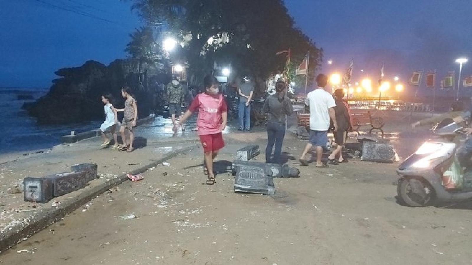 Phú Quốc: Giông lốc gây thiệt hại khu vực di tích Dinh Cậu và nhiều nơi