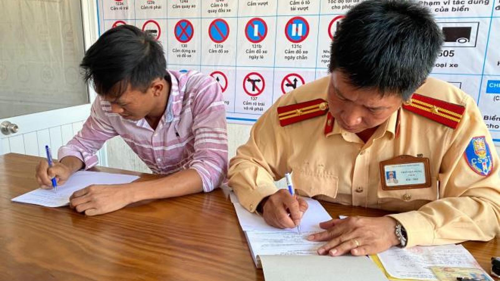 Danh tính tài xế taxi chạy ngược chiều trên cao tốc Đà Nẵng – Quảng Ngãi