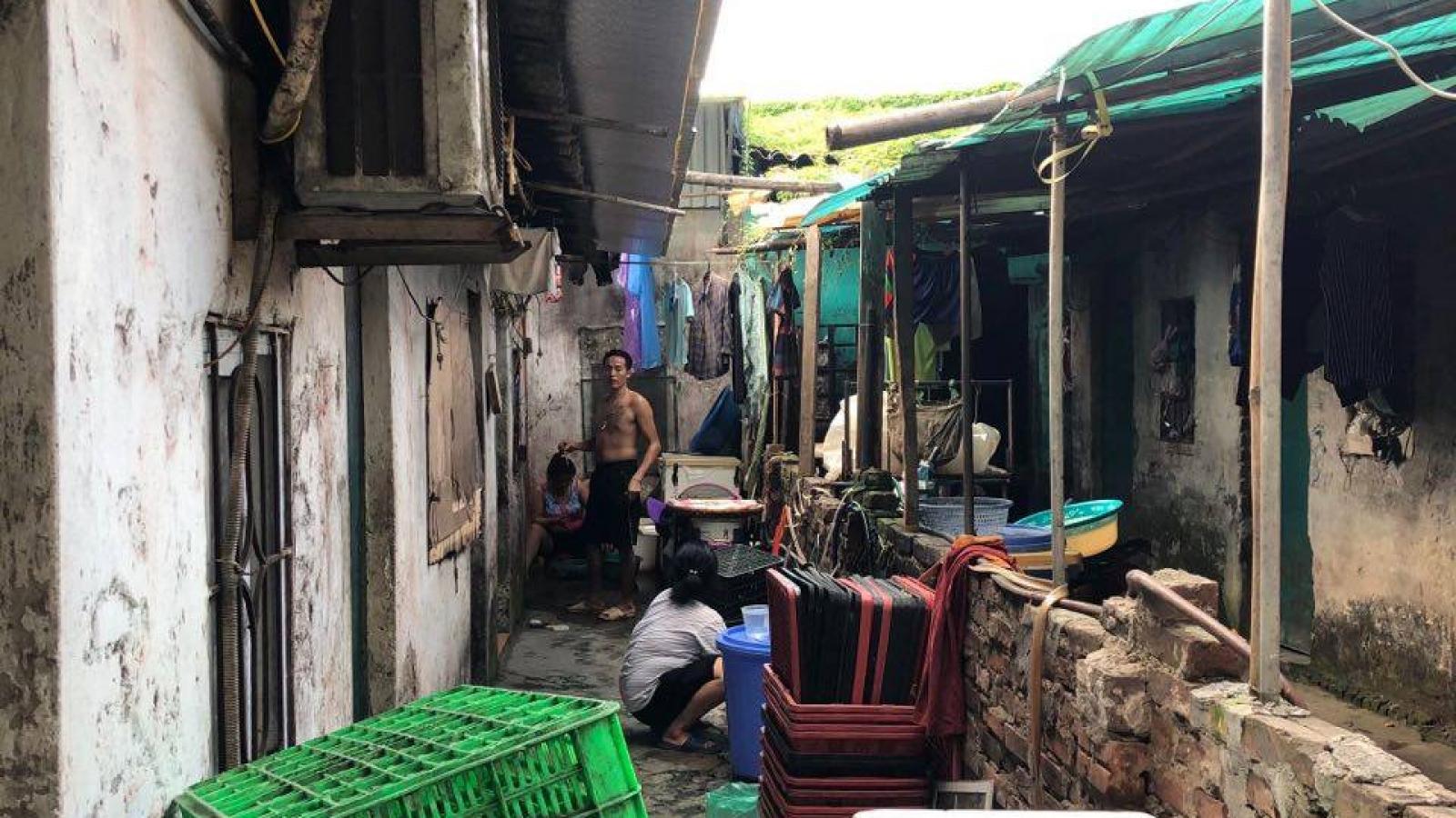 Xóm trọ nghèo ở Long Biên vật lộn mưu sinh dưới nắng nóng
