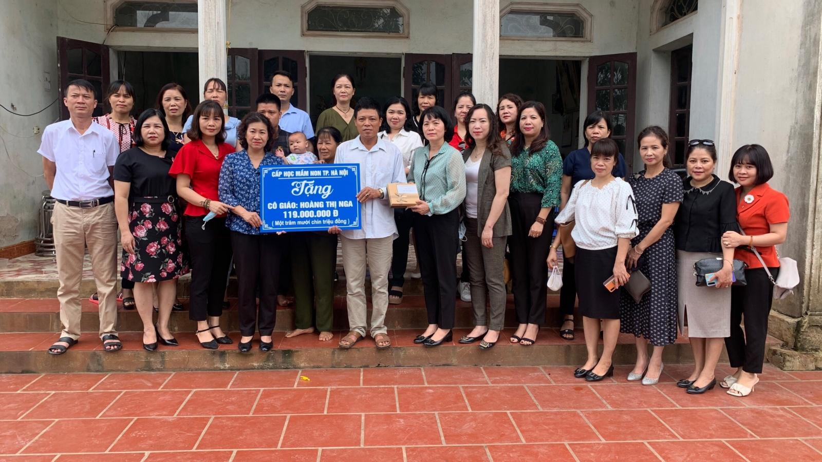 Hà Nội thăm hỏi giáo viên bị ung thư não vẫn hoàn thành tốt nghiệm vụ