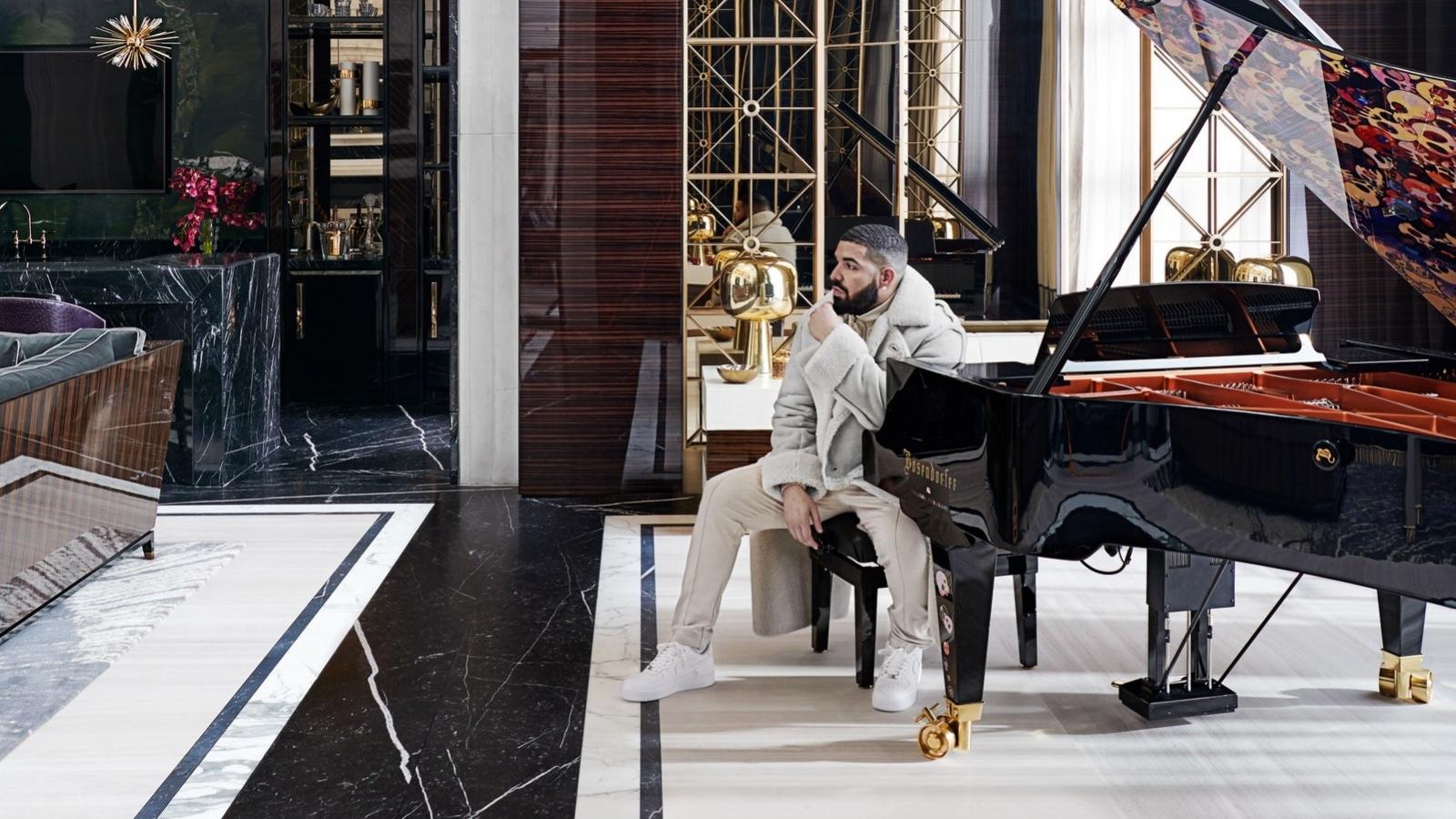 Choáng ngợp với căn biệt thự siêu hoành tráng của rapper Drake