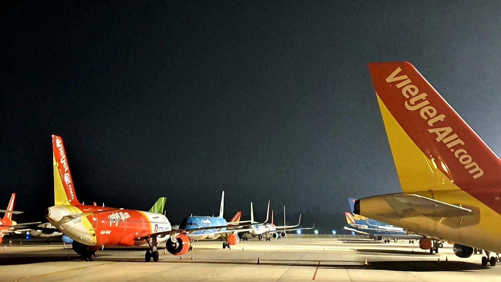 """Bán vé khi chưa có lịch bay, nhiều hãng bị Cục Hàng không """"tuýt còi"""""""